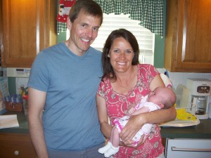 John & Tammy come for dinner to meet Clara.